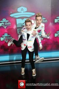 jedward-20th-mtv-europe-music-awards-_3947262